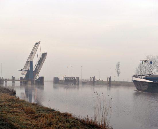 Sfeerbeeld van het Eemskanaal bij Overschild.