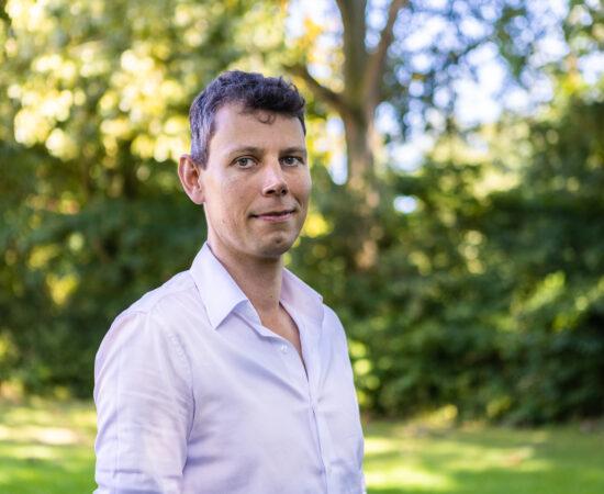 Portretfoto van Mark de Vries